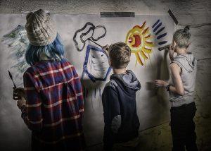 Barn som maler